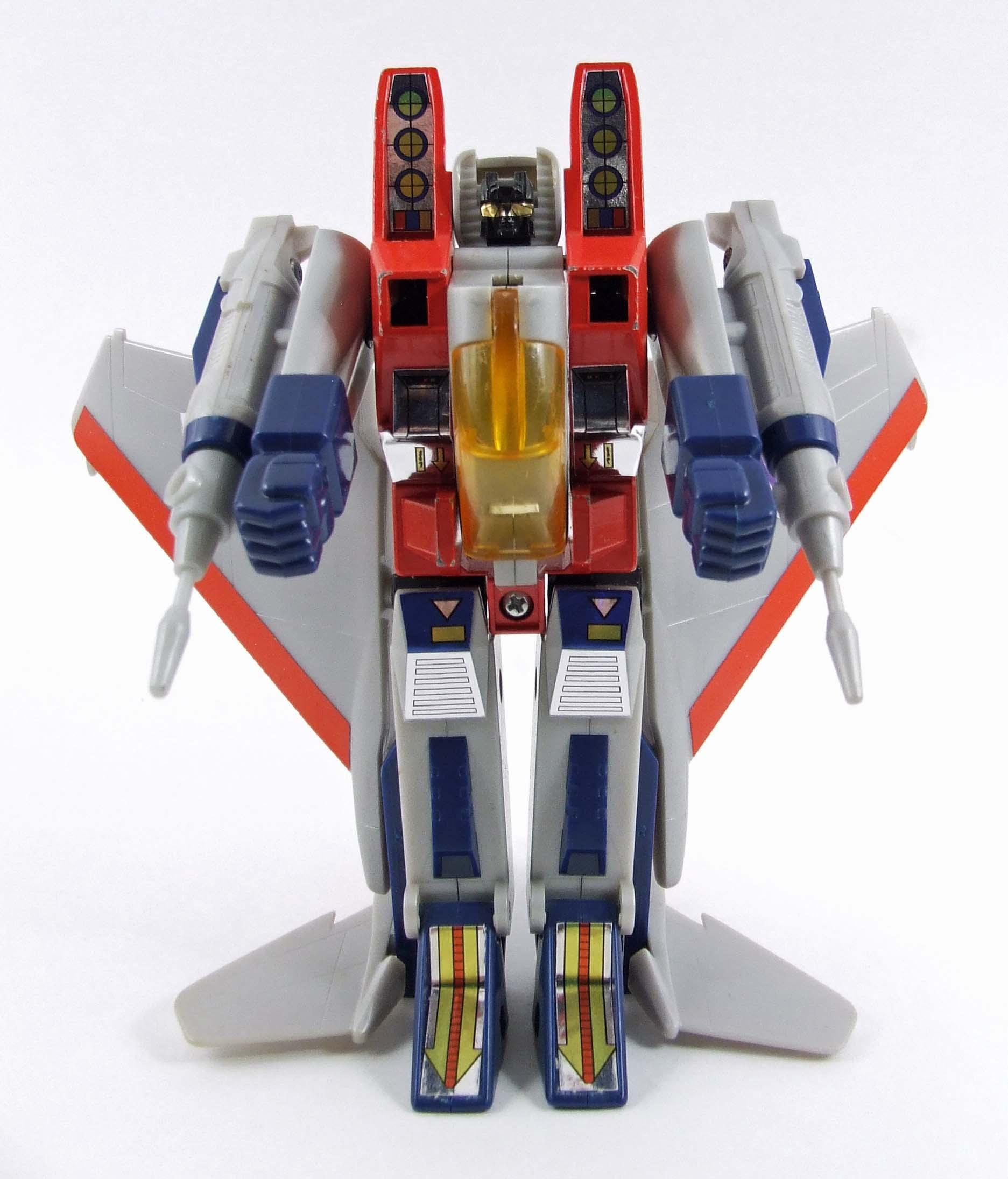Transformers: Starscream e Thundercracker  (ovvero come la concorrenza fa bene ad un prodotto) Starscream-2