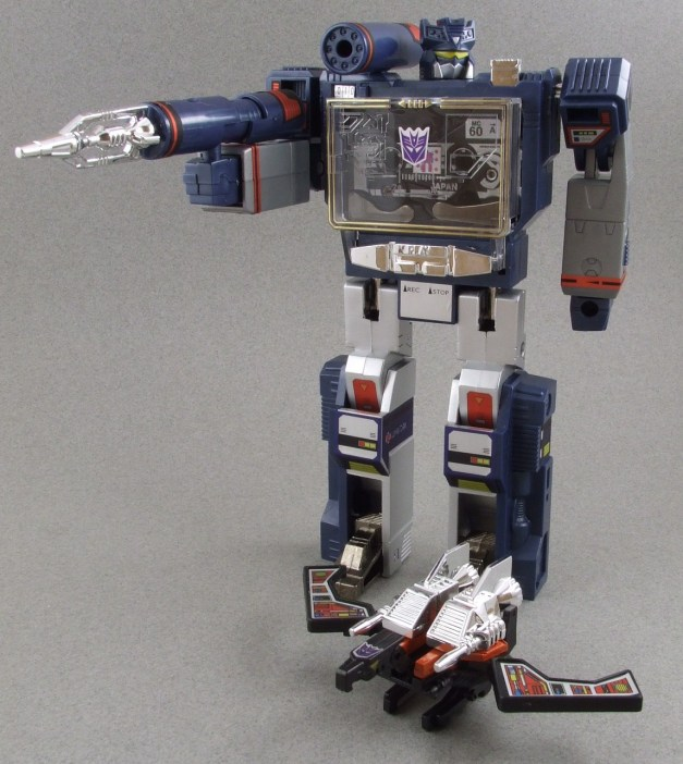 G1_Soundwave (18)