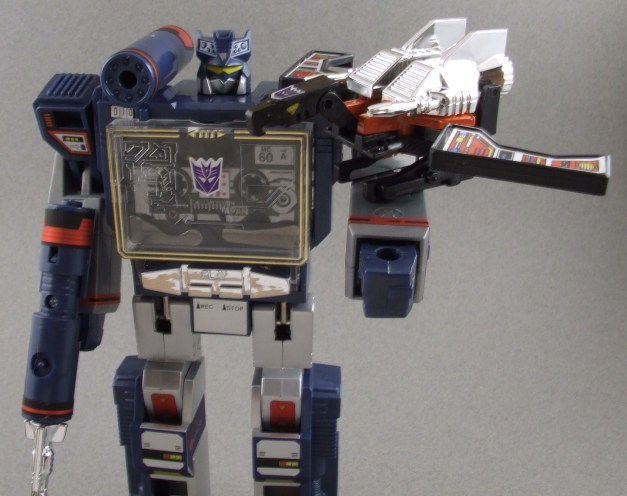 G1_Soundwave (19)