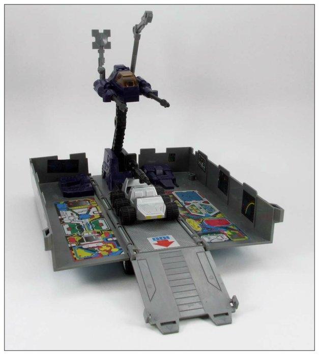 G1 Optimus Prime (11)